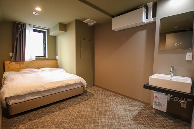 Room for monthly rate equipped with no furniture