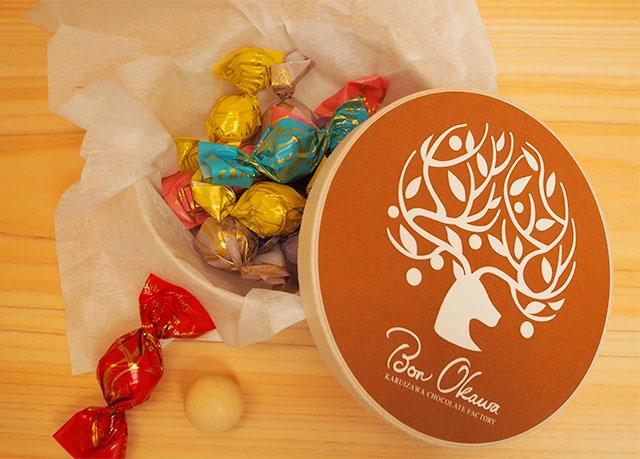 Bon Okawa 軽井沢チョコレートファクトリー 「チョコレートボールMIX」Mサイズ1,180円 / Lサイズ2,160円(全て税込) ※画像はMサイズ/公式オンラインショップ価格