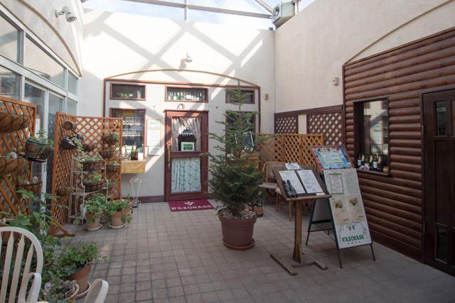 「レストラン カズラベ」外観