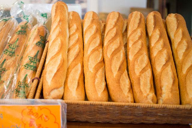 「フランスベーカリー」 フランスパン