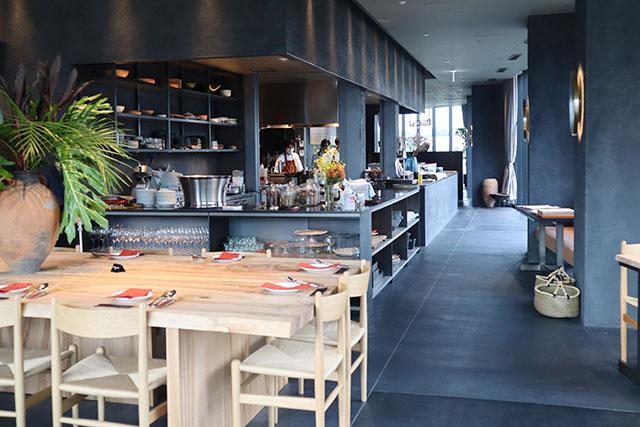 〈5F〉Dōngxī Restaurant & Sakaba(ドンシー レストラン アンド サカバ)内観