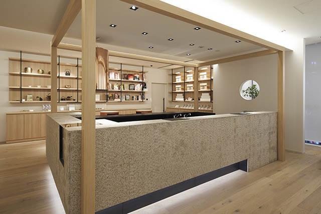 ホテル1899東京 2階のフロント
