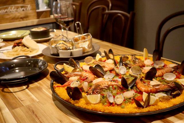 MARBLE ARCH(マーブルアーチ) スペイン料理を代表するパエリアなど