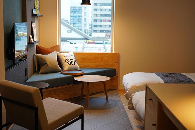 広々設計でモダンデザインなのに、1泊ひとり6,000円程度で泊まれる価格帯も魅力!