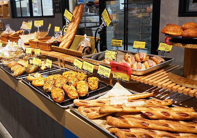 クーロンヌで自分の食べたいパンだけ買うのもおすすめ