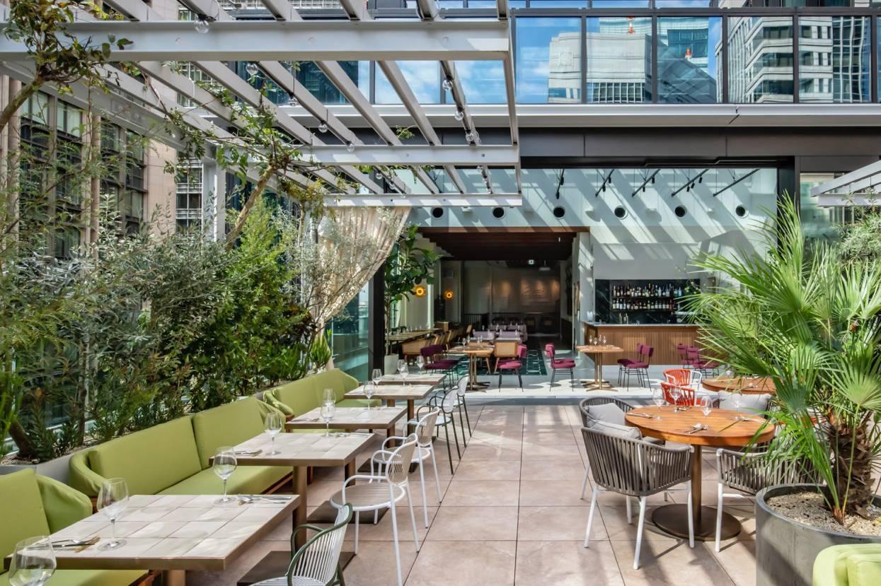 【東京】おとなの社交場 「丸の内テラス」誕生|ルーフトップレストラン&エンタメ施設