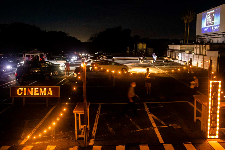 【東京近郊】常設化!ドライブインシアター「CINEMA CARAVAN」@三浦半島|大人気ムービーナイト