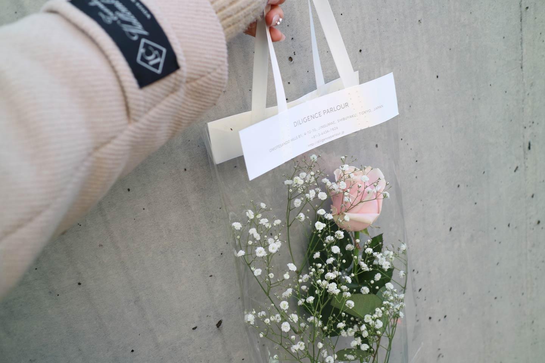 【表参道】クリアバッグのラッピングが有名!「ディリジェンスパーラー」はおしゃれなお花屋さん
