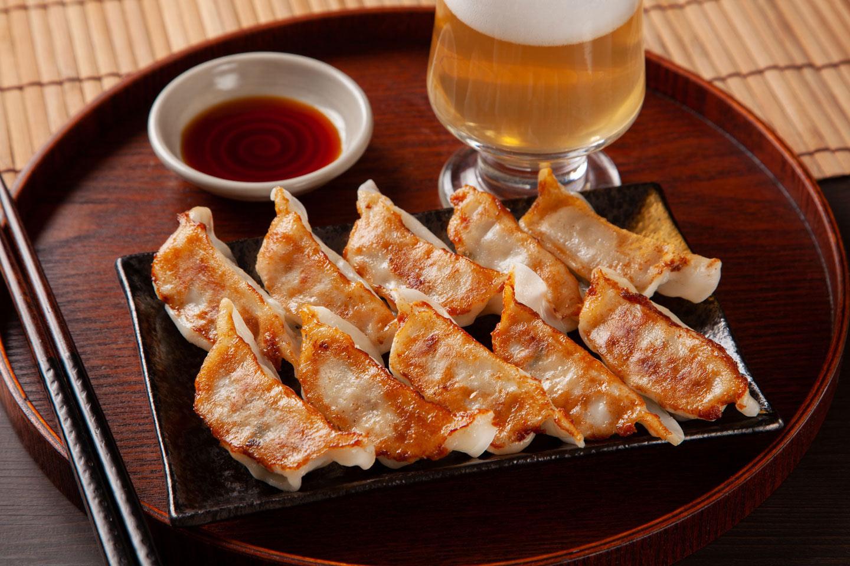 【お取り寄せ】焼くだけ簡単!「餃子」でおうち中華6選|名店の味を自宅で楽しもう