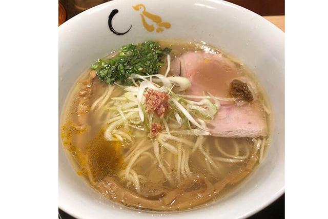 「鴨と蛤の醤油そば」 3食入り(具入りスープ) 2,850円(税込)