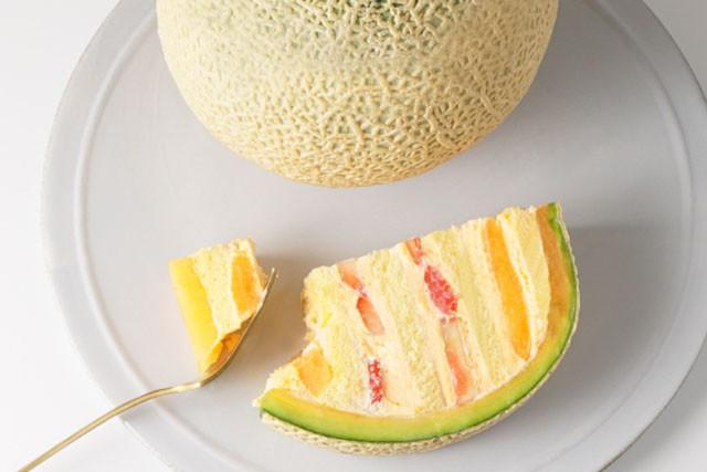 Cake.jp ORIGINAL「まるごとメロンケーキ」