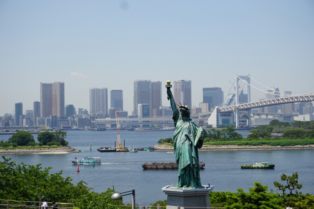 Odaiba and the iconic Statue of Liberty