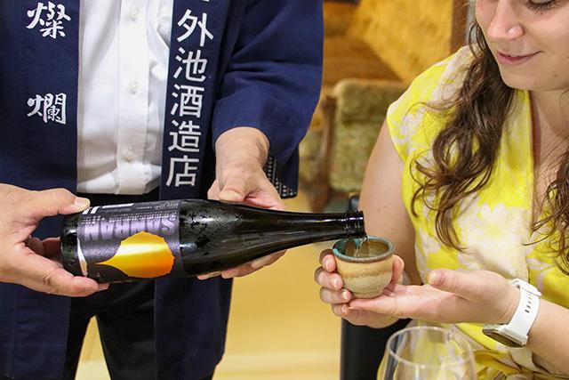 Trying Sanran Yamahai Junmai Sake with Mashiko ware sake cup